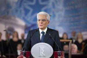 Mattarella: «Il 2 giugno è la Festa degli Italiani, è il simbolo del ritrovamento della libertà e della democrazia da parte del nostro popolo»