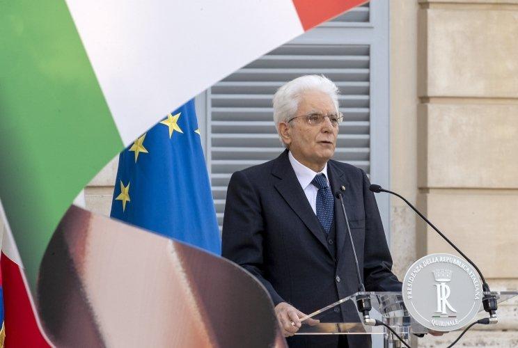 XII – Sergio Mattarella (in carica dal 3 febbraio 2015)